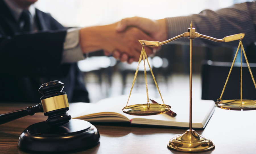 Benefits of Hiring a Local Attorney